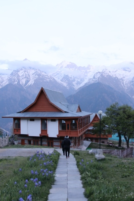 one can stay at Himachal Tourism Hotel at Kalpa